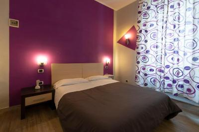 H ROOMS BOUTIQUE HOTEL - Laterooms