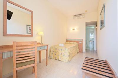 Azuline Hotel Pacific - Laterooms