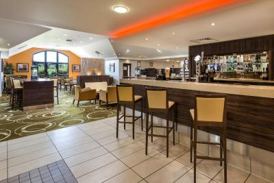 Holiday Inn Express COLCHESTER - Laterooms