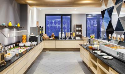 Holiday Inn Express MUNICH - MESSE - Laterooms