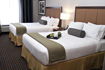 Holiday Inn Express PEMBROKE - Laterooms
