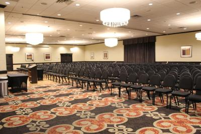 Holiday Inn Burbank-Media Center - Laterooms