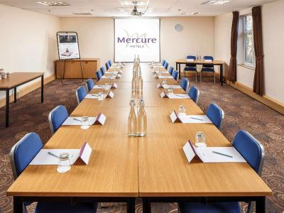 Mercure Leeds Parkway Hotel - Laterooms