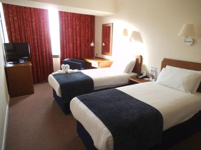 Airport Inn Gatwick - Laterooms