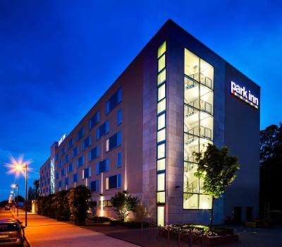 Park Inn Frankfurt Airport - Laterooms
