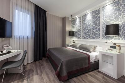 Catalonia Excelsior - Laterooms