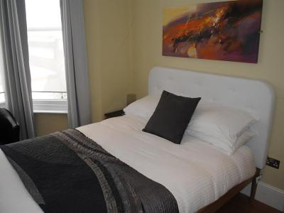 The Beach Pad - Laterooms