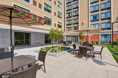 Holiday Inn Express BOSTON - Laterooms