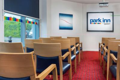 Park Inn by Radisson Birmingham Walsall - Laterooms