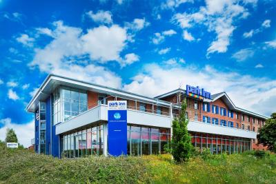 Park Inn by Radisson Birmingham Walsall - Laterooms