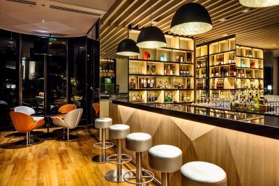 Holiday Inn SINGAPORE ATRIUM - Laterooms