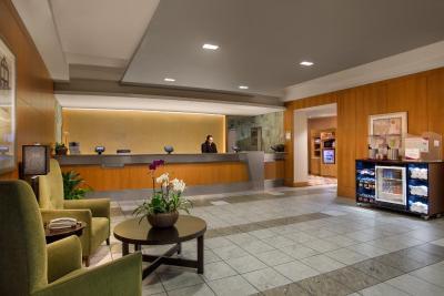 Crowne Plaza San Francisco-Intl Airport - Laterooms
