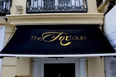 Fox Club Mayfair - Laterooms
