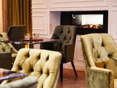The Connacht Hotel - Laterooms