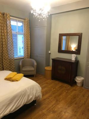 Clifton Rooms - Laterooms