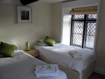 Queens Head Inn - Laterooms