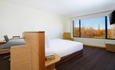 Crowne Plaza CANBERRA - Laterooms