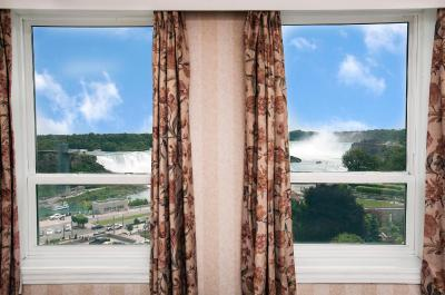 Crowne Plaza NIAGARA FALLS-FALLSVIEW - Laterooms