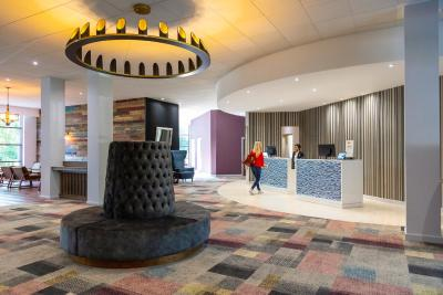 Novotel Newcastle Airport - Laterooms