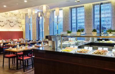 Holiday Inn BERLIN - CENTRE ALEXANDERPLATZ - Laterooms