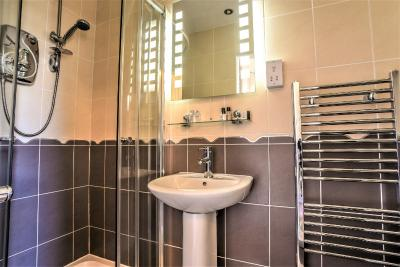 Glenalmond Guest House - Laterooms