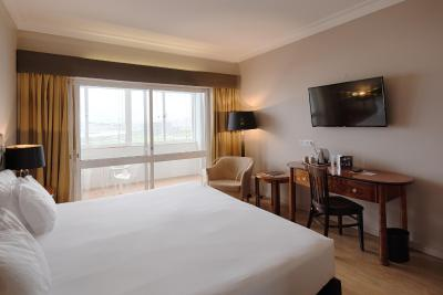 Golden Tulip Porto Gaia Hotel & SPA - Laterooms