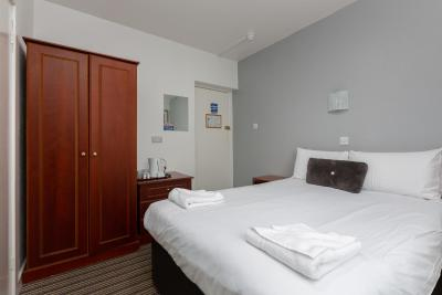 The New Sandringham Court Hotel - Laterooms