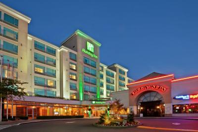 Holiday Inn VANCOUVER AIRPORT- RICHMOND - Laterooms