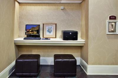 Holiday Inn FRENCH QUARTER-CHATEAU LEMOYNE - Laterooms