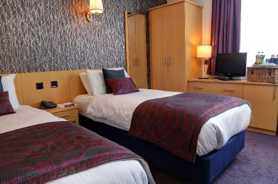BEST WESTERN Summerhill Hotel and Suites - Laterooms