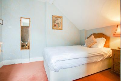 Summerhill Hotel - Laterooms