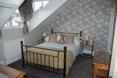 Denehurst Guest House - Laterooms