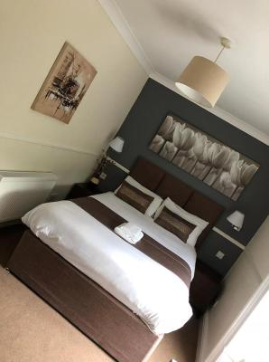 Gomersal Lodge Hotel - Laterooms
