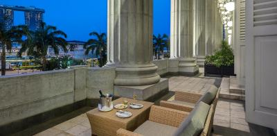 The  Fullerton Hotel - Laterooms