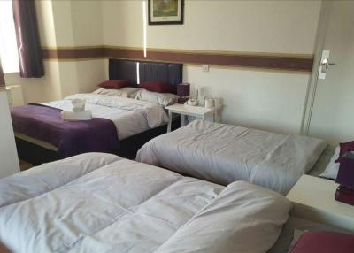 Parkview Hotel and Guest House - Laterooms