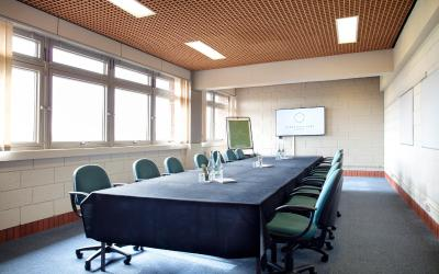 Yarnfield Park Training and Conference Centre - Laterooms