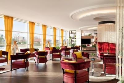 Sheraton Milan Malpensa Airport Hotel & Conference Centre - Laterooms