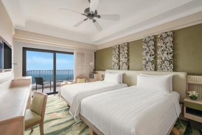 Shangri-La's Rasa Sentosa Resort & Spa - Laterooms