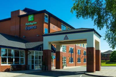 Holiday Inn Express BURTON UPON TRENT - Laterooms