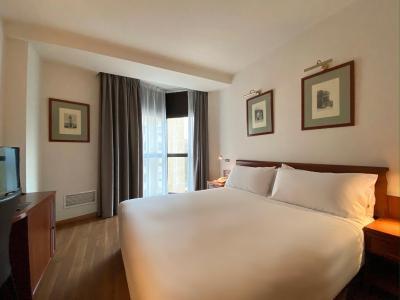 TRYP Gijón Rey Pelayo Hotel - Laterooms