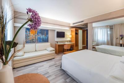Ai Pini Park Hotel - Laterooms