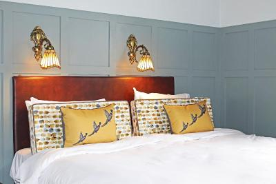 Shillingford Bridge Hotel - Laterooms