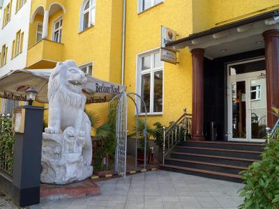 Entrée Hotel Karlshorst - Laterooms