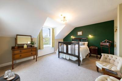 Wynnstay House - Laterooms