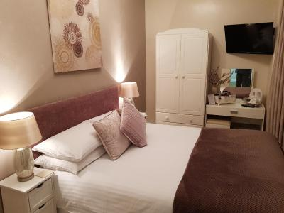 The Alpha Guest Accommodation - Laterooms