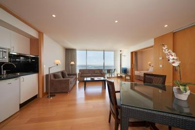 Golden Residence Hotel - Laterooms