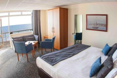 Sandbanks Hotel - Laterooms