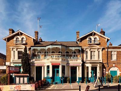 Bridge Park Hotel - Laterooms