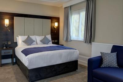 Trafford Hall Hotel - Laterooms