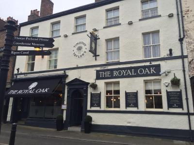 The Royal Oak Ripon - Laterooms